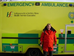 how to become an ambulance paramedic in ireland